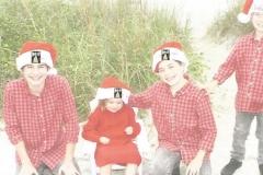 AJA_Nolan_Happy_holidays_ang