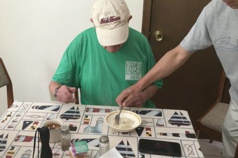 Serving-The-Dumplings