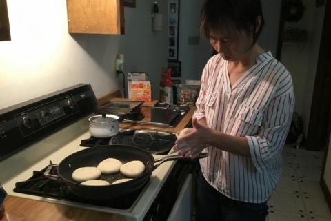Yan_Making_Pizza1